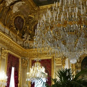 Королевские сокровища Лувра