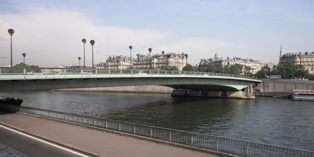 Мост Альма