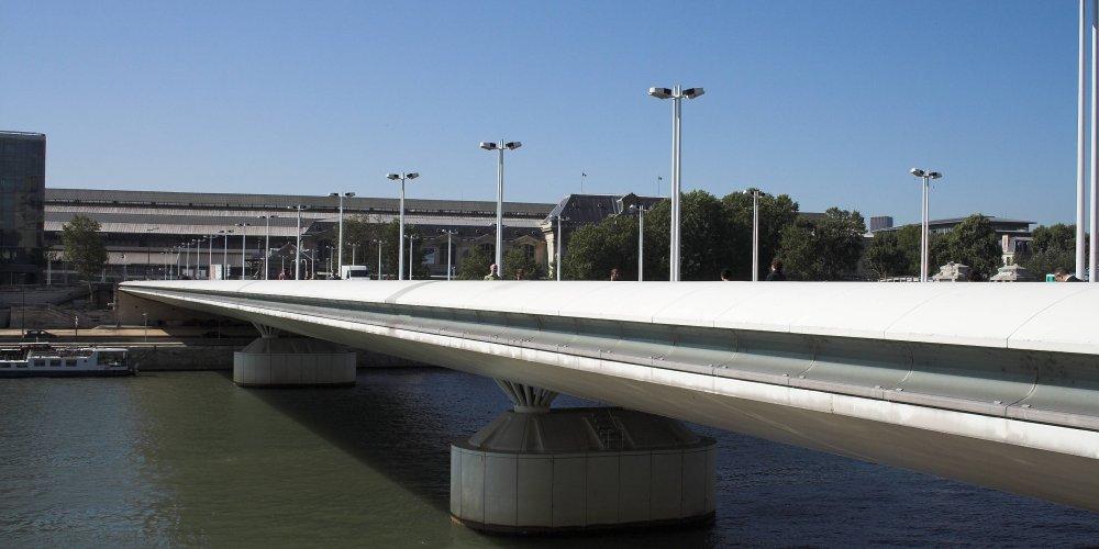 Мост Шарля де Голля