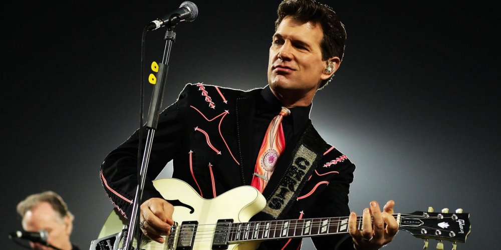 Концерт Chris Isaak