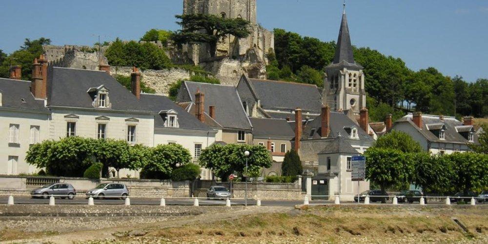 Замок Монришар