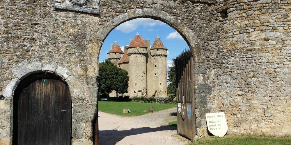 Замок Сарзе