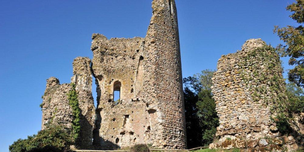 Замок Фретеваль
