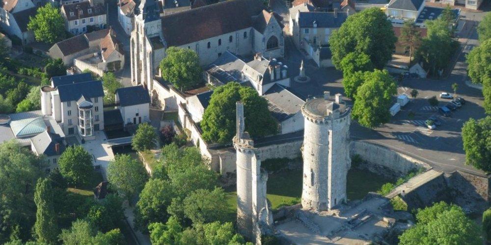 Замок Меюн-сюр-Йевр