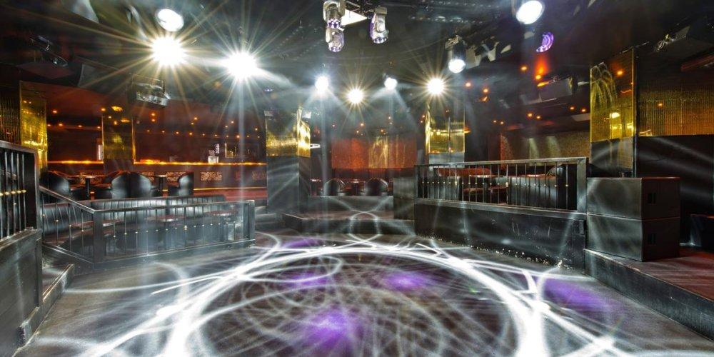 Ночной клуб Les Planches