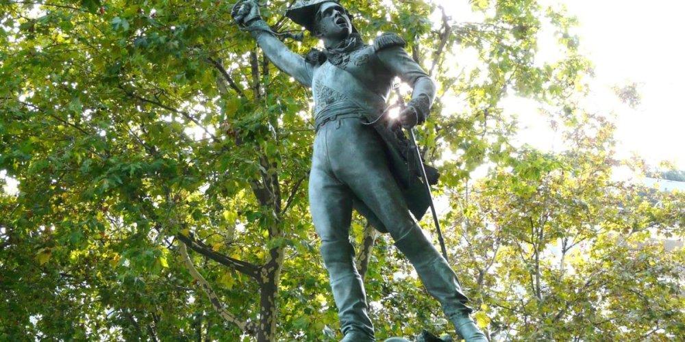Памятник маршалу Мишелю Нею