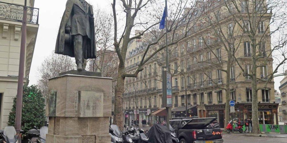 Памятник барону Жоржу Эжену Осману