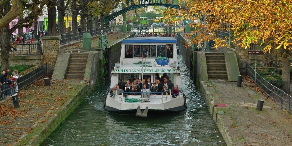 Велосипедный маршрут вдоль канала Сен-Мартен