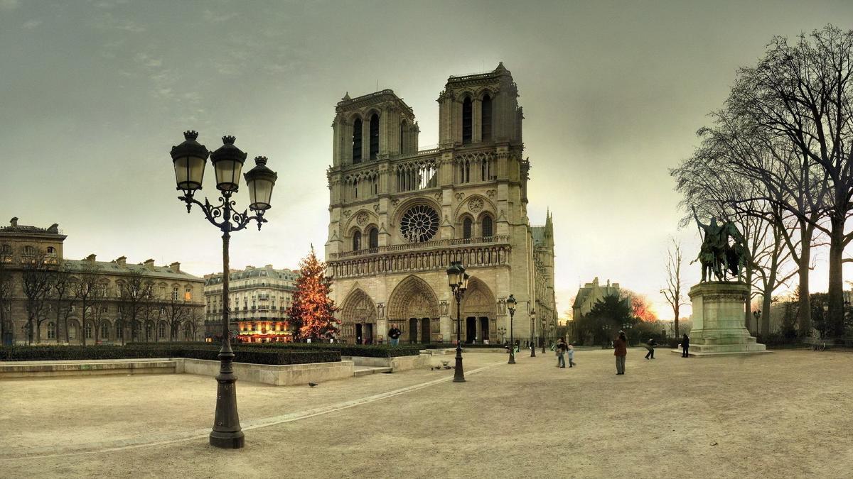 ТОП-5 достопримечательностей Парижа в 2019 году