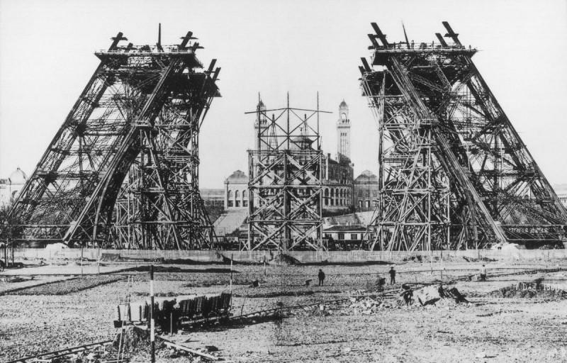 Строительство Эйфелевой Башни2