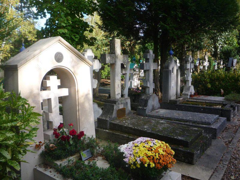 Кладбище Сент-Женевьев-де-Буа 3