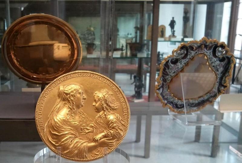 Кабинет медалей4