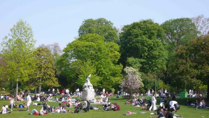 Парк Монсо в Париже2