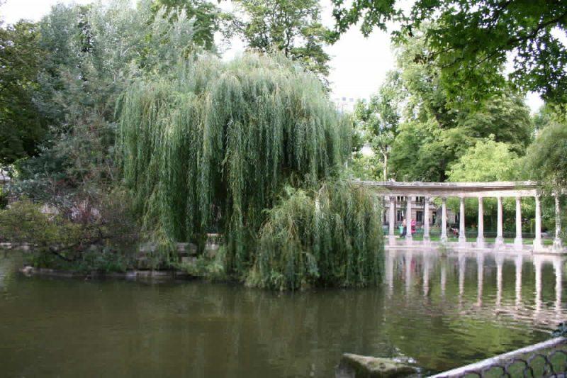 Парк Монсо в Париже6