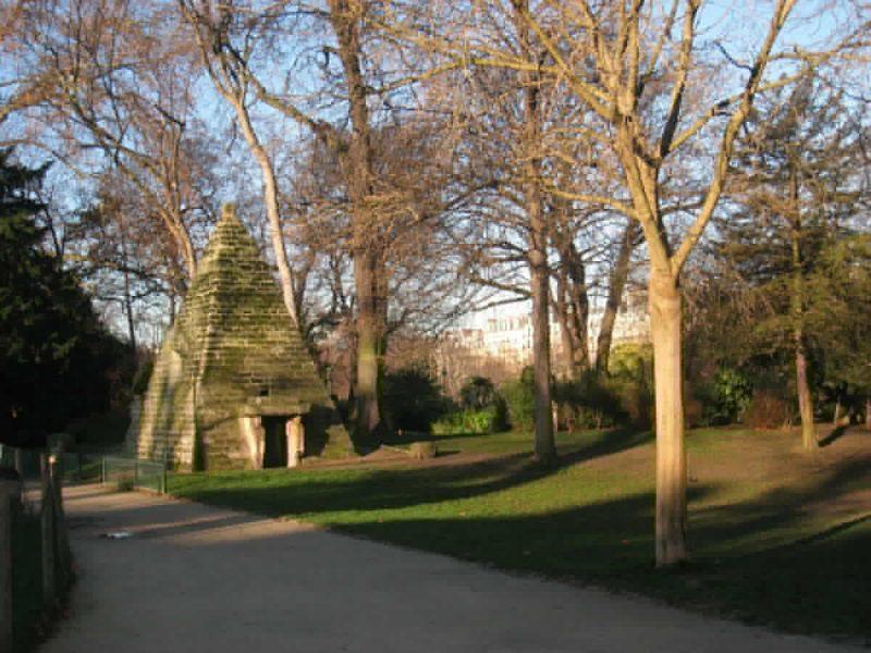 Парк Монсо в Париже7