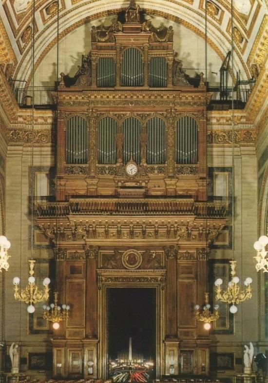 Церковь Мадлен - орган