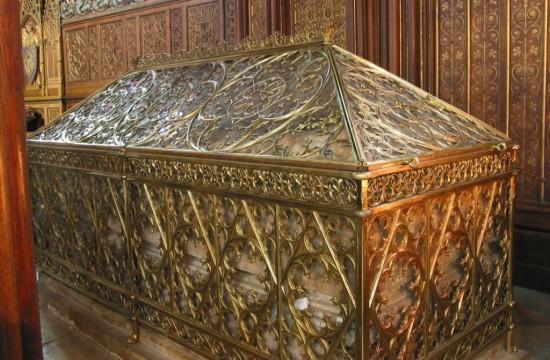 Церковь Сент-Этьен-дю-Мон - гробница