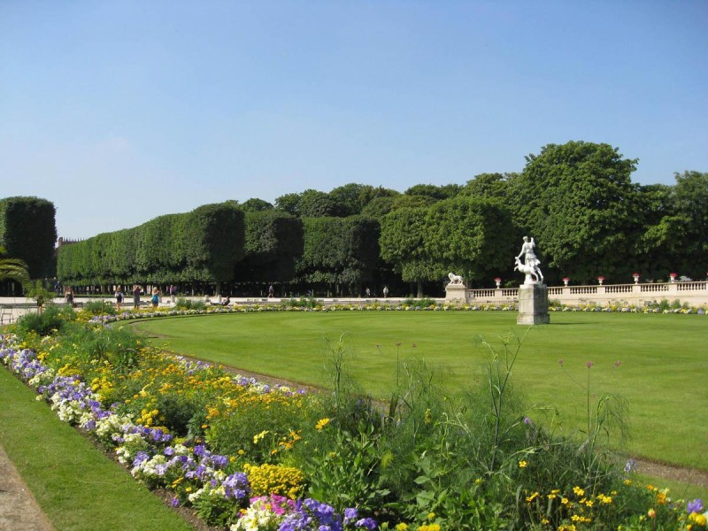 призрак Люксембургского сада