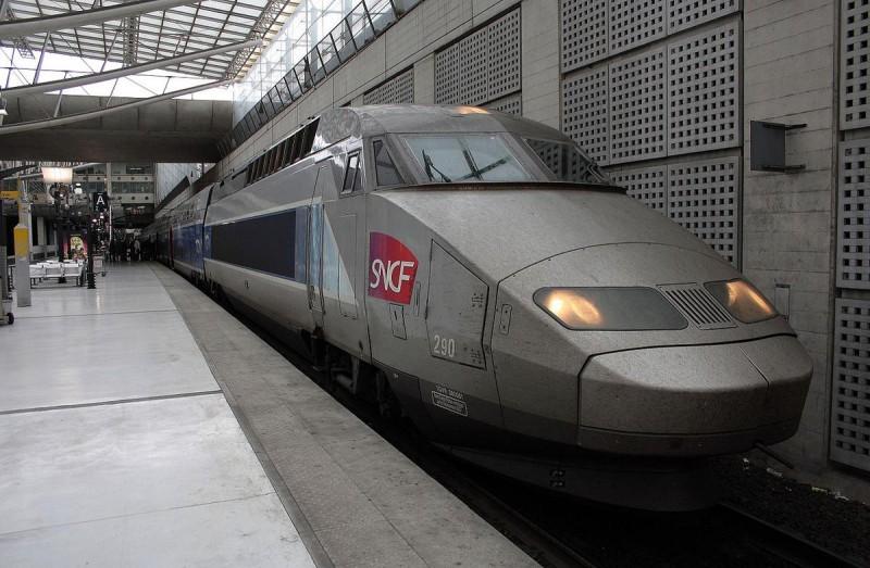 Железнодорожный вокзал Руаси-Шарль де Голль3