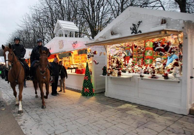 Рождественские ярмарки в Париже2