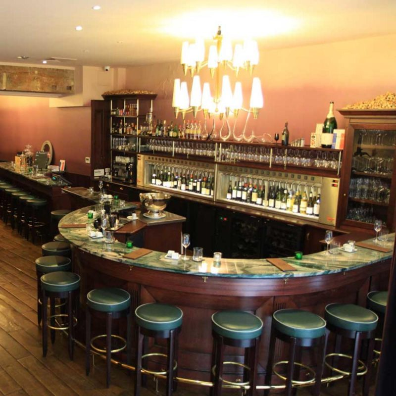 Винный бар O Chateau3